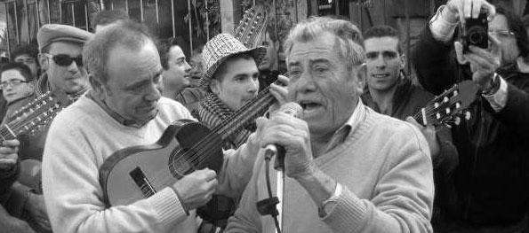 """""""El Banana"""" y José """"de Paco"""" con los Aguilanderos de Barranda. Foto Jennifer Álvarez"""